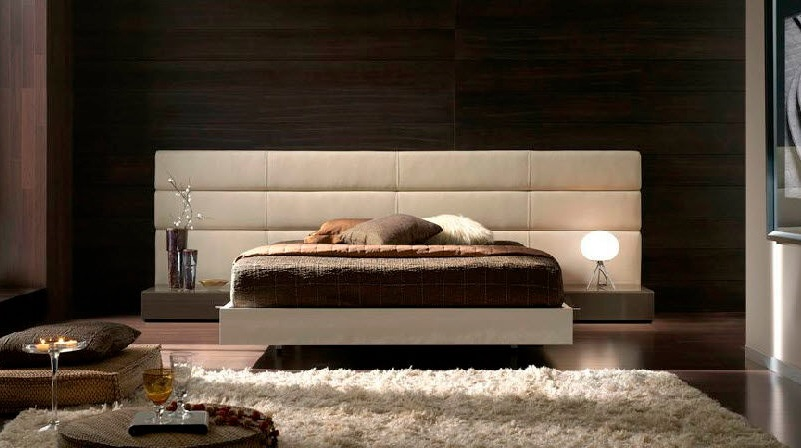 lits et t tes de lit modernes en cuir ou simili vente mobilier chambres coucher. Black Bedroom Furniture Sets. Home Design Ideas